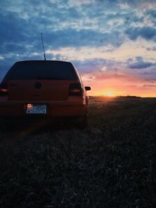 2004 Volkswagen Golf.