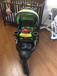 Jeep Liberty limited edition 3 wheel running stroller