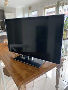 LG TV - 42LW6500