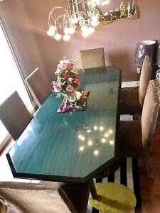 Need it gone today!! Luxury dining set