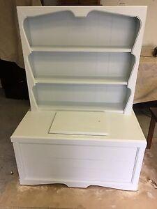 Shoe shelf or toy Box
