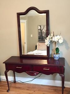 Beautiful Solid Cherry Wood Vanity/Desk with Mirror