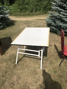 Table for drafting