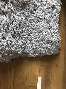 Shag rug cream colour