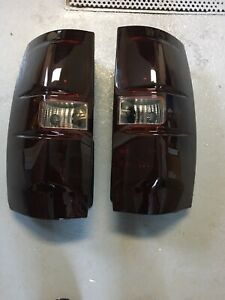 Lumieres tail light chevrolet tahoe suburban yukon