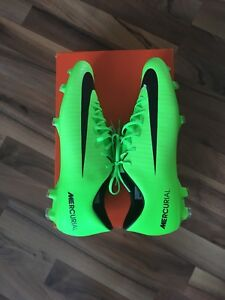 Cleats SIZE 12