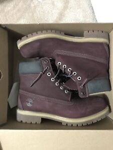 Men's Timberland Boots - Size 10 BARELY WORN