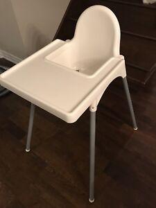 Chaise haute ANTILOP IKEA avec plateau
