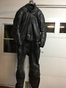 Teknic two piece leathers - or best offer