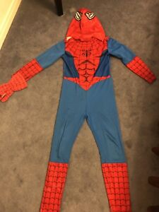 Spider man costume in good condition