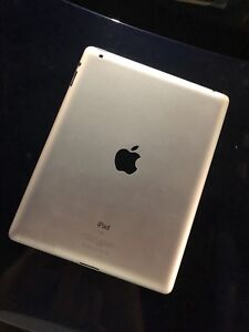 Apple iPad 2 16GB WIfi Pristine Condition