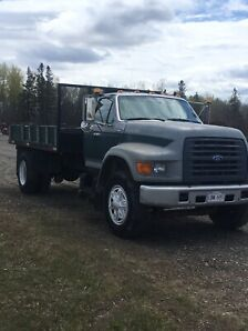 1995 Ford F800