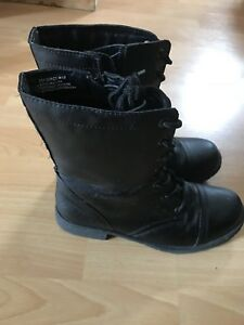 George combat boots size 9
