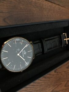 BNIB Daniel Wellington Black Reading Men's Watch 40mm