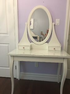 Dressing Table/Vanity