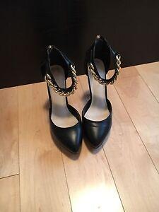 Black Aldo shoes size 8
