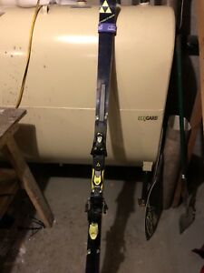 Quality Fischer GS skis and other gear