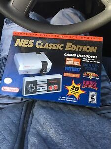 Nes Classic edition new unopened 30 games included 300$ nego