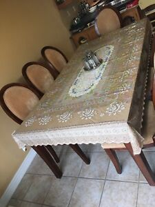 Moving sale,Dining set with 8 chairs and 1 leaf,area rug and mor