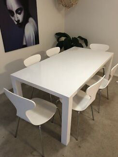 Freedom Dining Table And Chairs 300 Osborne Park