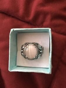 Sterling silver beautiful ring size 7