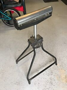 Hirsh Carpenters assistant roller stand