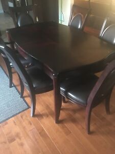 Dining table with 6 chairs and leaf/glass