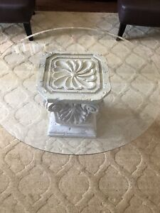 Round Glass Top Cocktail Table (excellent condition)