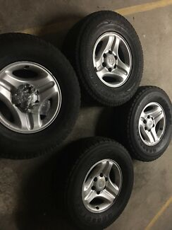 """90 series Land cruiser prado 16"""" wheels and 265/70 tyres and nuts"""