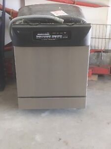 Dishwasher for sell
