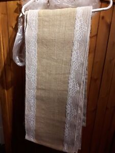 BURLAP/LACE WEDDING TABLE RUNNERS