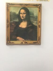 Mona Lisa with gold frame