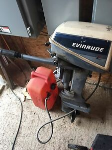Moteur chaloupe evinrude 8hp 2 cylindre