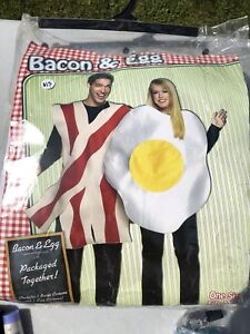 Couples Costumes - Bacon and Eggs