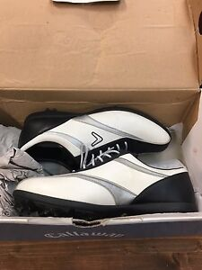 Women's Callaway golf shoes