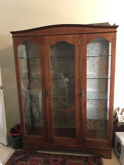 Timber showcase display cabinet