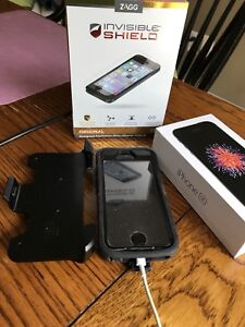 32GB iPhone SE, black with Otter box & screen protector
