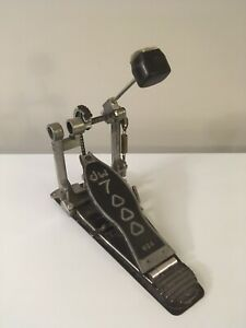 DW 7000 bass drum pedal