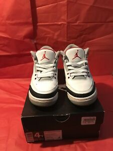 Air Jordan Fire Red 3s Size 4 Youth