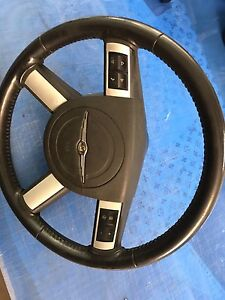 2007 Chrysler 300 steering wheel