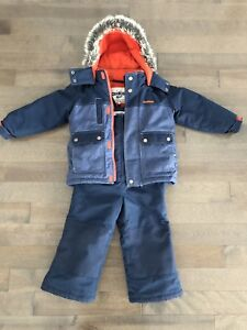 Perfectly clean snow suit 4T (Carter's)