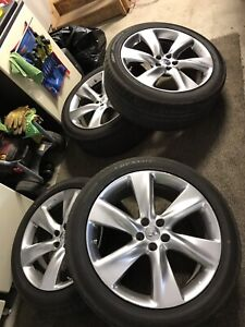 2010 Infinity Fx 50 wheels and tires