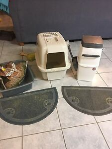 Cat litter things $25