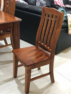 Dining Table with 6 chairs to be sold ASAP