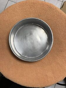 8 and 10 inches round baking trays