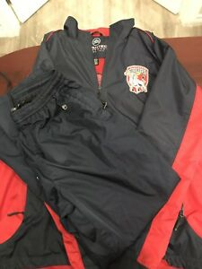 Toro's Men's XL Warmup Suit