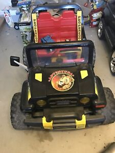 Peg Perego Kids Jeep - Battery Operated