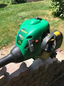 Taille bordure weed eater moteur 25cc