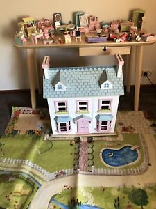 Doll House (LE TOY VAN) Mayberry Manor