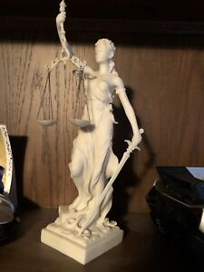 MARBLE DUST STATUE